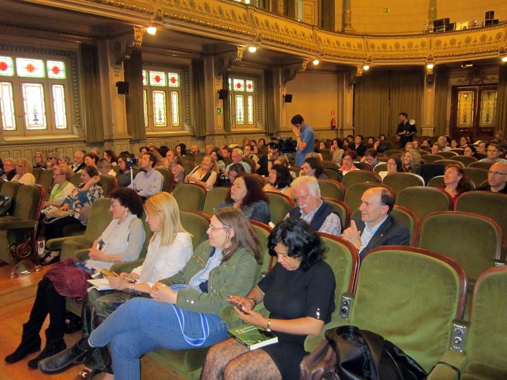 Escalera de Damas. Presentación oficial en Bilbao. Fotografía de Ediciones Beta