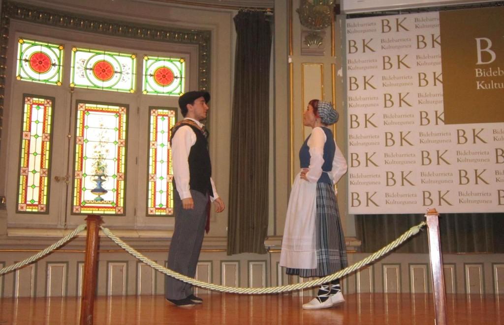 Escalera de Damas. Presentación oficial en Bilbao. Fotografía de Ediciones Beta.