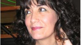 """Michèle Rodríguez. Autora en MoonMagazine, sección """"Pienso, luego escribo"""", donde publicará artículos sobre técnicas literarias, relatos, etc."""