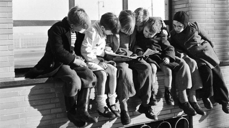 El niño lector de hoy escribirá la historia de mañana. Artículo editorial correspondiente a noviembre. Txaro Cárdenas.