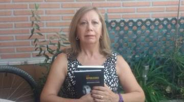 """""""Mujeres de la posguerra"""". Una conversación con una mujer del siglo XXI, Inmaculada de la Fuente. Entrevista de José Luis Ibáñez Salas."""