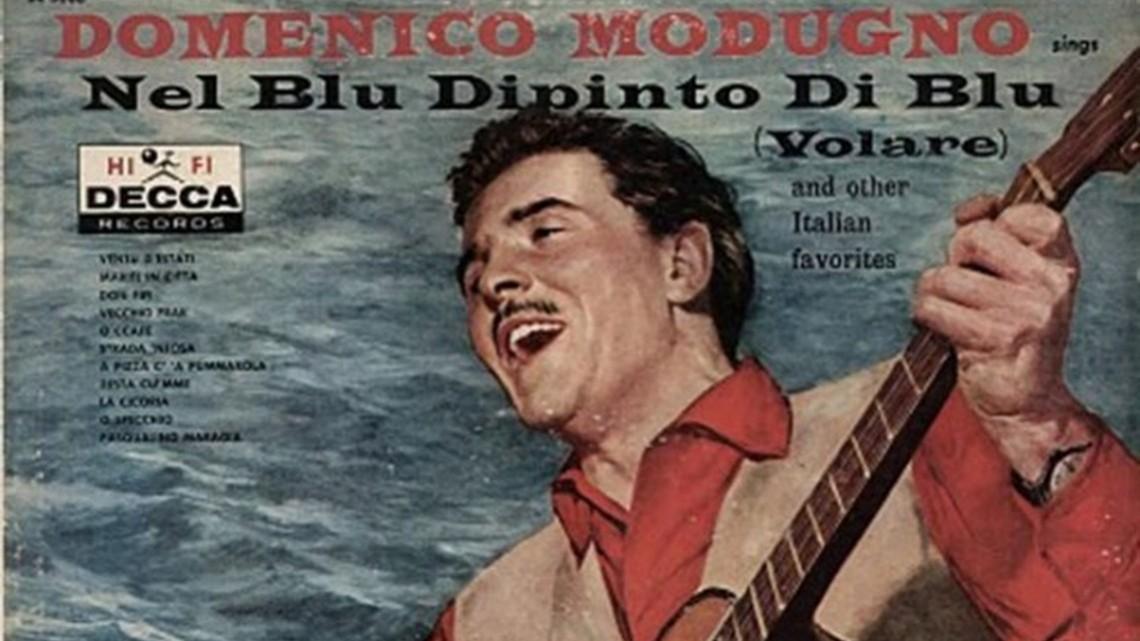 """Hoy, en """"El Tocadiscos"""", suena una canción azul: Volare, del italiano Domenico Modugno. J. J. Conde"""