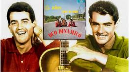Hoy, en El Tocadiscos, el tonteo amoroso con Quince años tiene mi amor, del Dúo Dinámico. J. J. Conde. El Tocadiscos, Revista MoonMagazine.