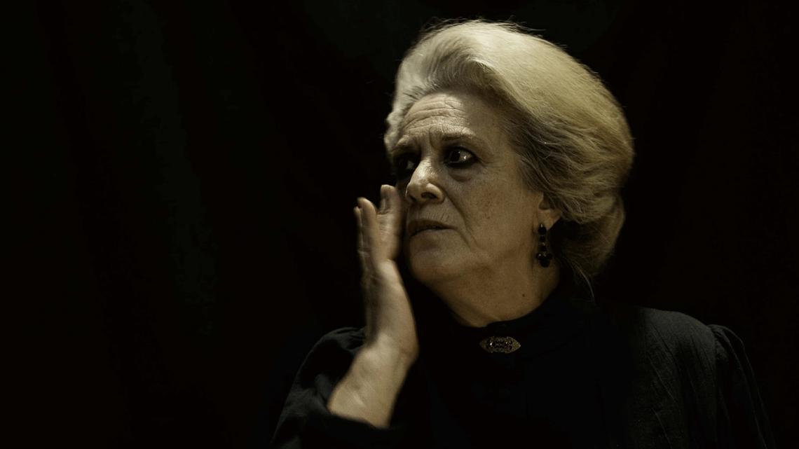 Volver a ver a Terele Pávez, volver a sentir la emoción. Artículo de Txaro Cárdenas para Revista MoonMagazine.