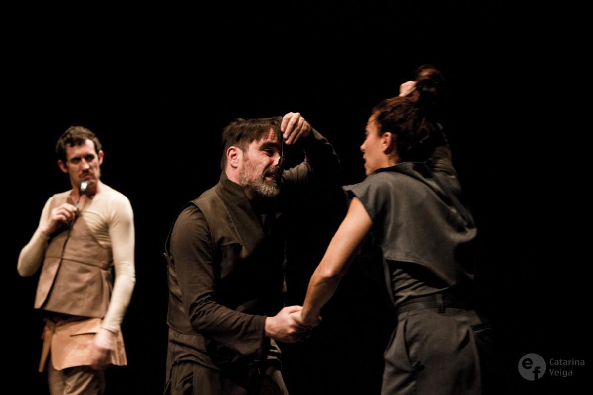 De izquierda a derecha, Tiago Viegas, Jorge Cruz y Nádia Santos en Electra